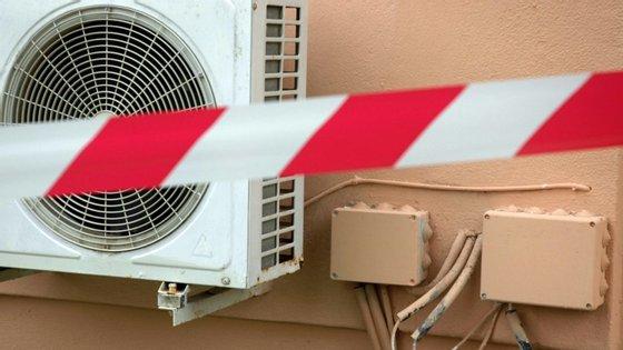 Prevê-se que em 2050 existam entre 1,6 a 5,6 mil milhões de ares condicionados portáteis