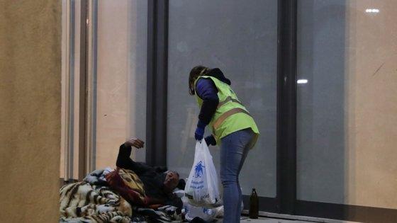 A Street Store AAC é um evento dirigido à população com mais necessidades e dificuldades financeira