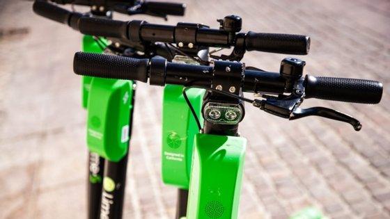 A frota de trotinetes da Lime vai estar disponível para os utilizadores da Uber, em Lisboa