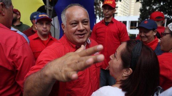 Diosdado Cabello anunciou na sua conta de Twitter que testou positivo à Covid-19