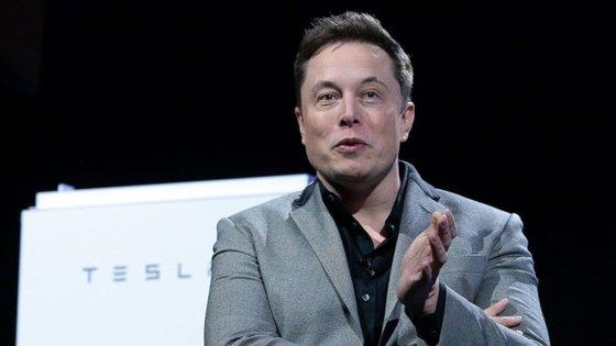 Elon Musk partilhou no Twitter a informação sobre este avanço em inteligência artificial
