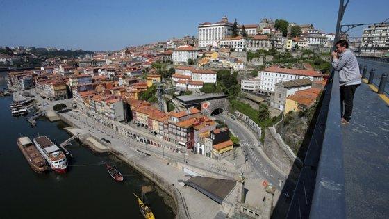 O Norte 2020 é um instrumento financeiro com uma dotação global de 3,4 mil milhões de euros para apoio ao desenvolvimento regional do Norte de Portugal