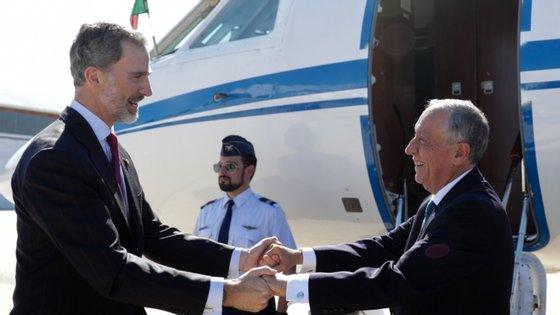 O encontro partiu de um convite de Felipe VI efetuado nas cerimónias de reabertura da fronteira entre Espanha e Portugal
