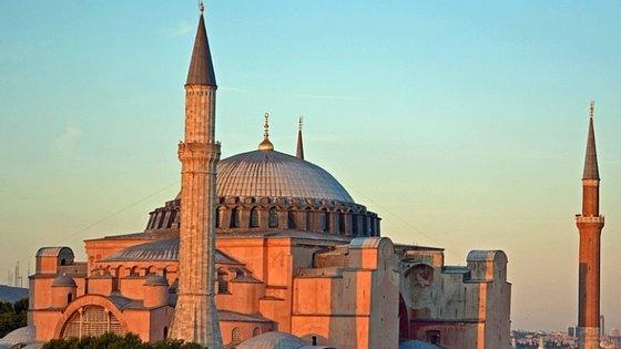 A catedral de Hagia Sophia é um dos mais populares monumentos do mundo