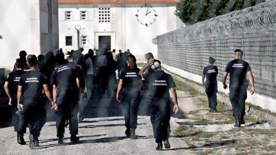 """Pavilhão Mozart está a ser instalado num dos pavilhões existentes nos terrenos do Estabelecimento Prisional de Leiria - Jovens e será """"dinamizado e gerido pelos próprios reclusos"""""""