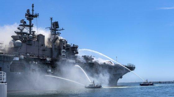 Não são ainda conhecidas as causas da explosão na embarcação de 255 metros