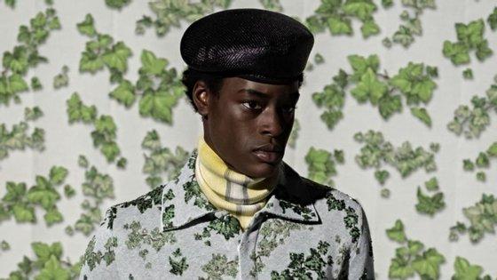 A Dior viajou até ao Gana para uma colaboração com o pintor Amoako Boafo e trabalhou apenas com modelos negros