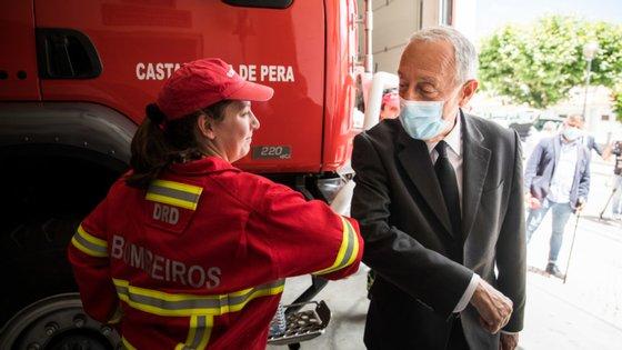O incêndio que deflagrou na segunda-feira à tarde, cerca das 18h30, e foi dado como dominado pelas 22h00, provocou, segundo os bombeiros, danos avultados em oito empresas do (CACE), na Zona Industrial de Felgueiras, em Castelo de Paiva, distrito de Aveiro