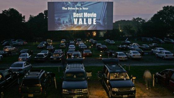 Quanto ao Festival propriamente dito, o responsável pelo Cine Clube de Avanca revelou que este ano participam mais filmes, com mais de uma centena de projeções, entre longas metragens, curtas e documentários, sobretudo de realidade virtual, selecionados de um universo de 3653 obras de 128 países