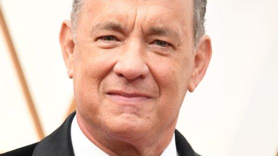 Tom Hanks testou positivo para o novo coronavírus ainda no início da pandemia, quando estava na Austrália a preparar-se para gravar um novo filme