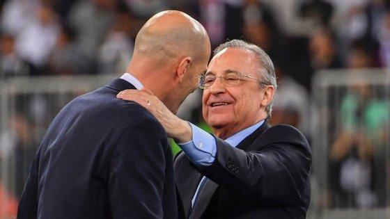 Florentino Pérez teve uma fase complicada na época de 2018/19, no pós-Ronaldo. Solução? Convencer Zidane a regressar ao clube