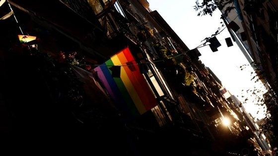 O Observatório APROFORT considera que a lei sobre a prostituição e os direitos dos homossexuais viola tratados internacionais assinados pelo país lusófono