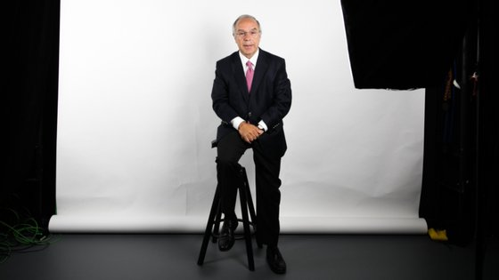 Luís Marques Mendes é advogado e já foi ministro adjunto e ministro dos Assuntos Parlamentares em dois governos do PSD