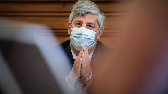Mário Centeno sucede a Carlos Costa, cujo segundo mandato terminou a 8 de julho, depois de 10 anos à frente daquela instituição