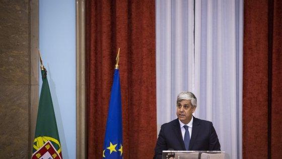 """Num discurso que durou 10 minutos, Mário Centeno referiu a """"enorme honra"""" e """"entusiasmo"""" com que enfrenta as novas funções"""