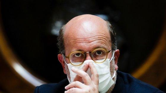"""O ministro do Ambiente admitiu estar """"surpreendido"""" com o pedido para esta audição"""