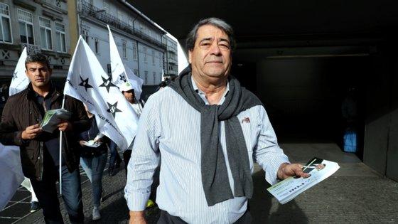 A proposta foi apresentada ao Conselho Nacional do partido pelo seu atual presidente, Bruno Fialho, e aprovada por 92% dos elementos daquele órgão