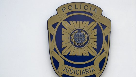 Suspeitos têm antecedentes criminais pelos crimes de furto e tráfico de droga
