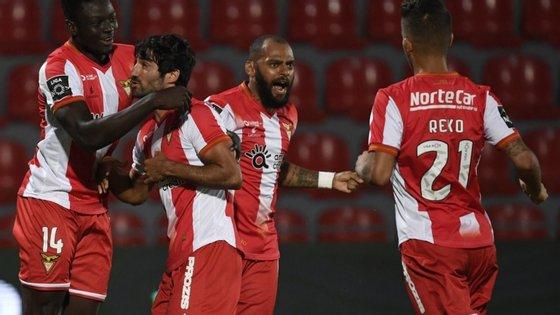 A SAD ameaçou na sexta-feira faltar à partida marcada para domingo, às 19h30, no Portimão Estádio