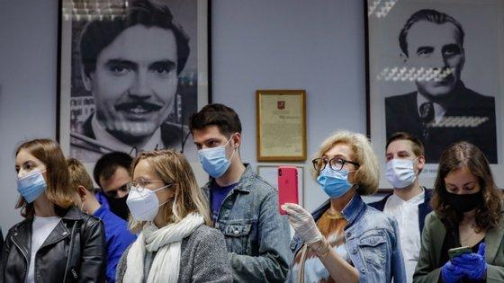 Ensaios clínicos na Rússia
