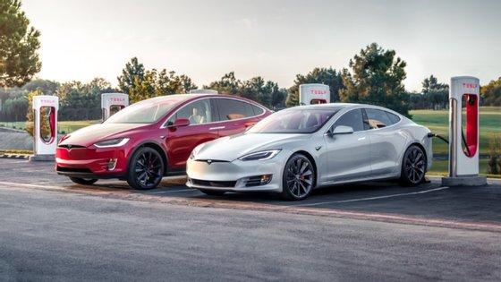 Tudo indica que, a partir de Setembro, os Model S e Model X passarão a usufruir de melhorias importantes, nomeadamente a nível da potência e da autonomia
