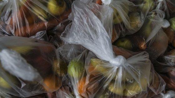 A iniciativa Refood tem registado muitos novos pedidos de ajuda alimentar à conta da pandemia