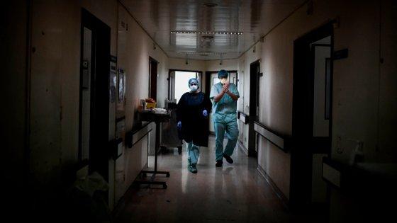 As três mortes registadas nas últimas 24 horas aconteceram na região mais afetada do país, Lisboa e Vale do Tejo.