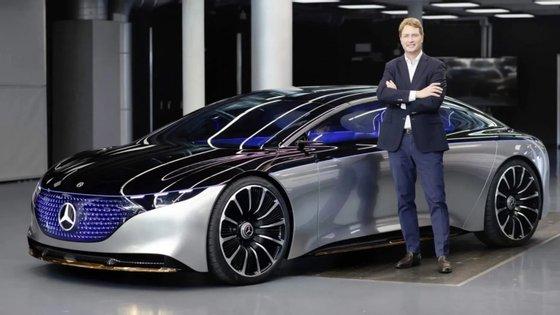 O CEO da Daimler, Ola Källenius, revelou que o grupo alemão vai estabelecer uma parceria com a Renault tendo em vista partilhar tecnologia eléctrica
