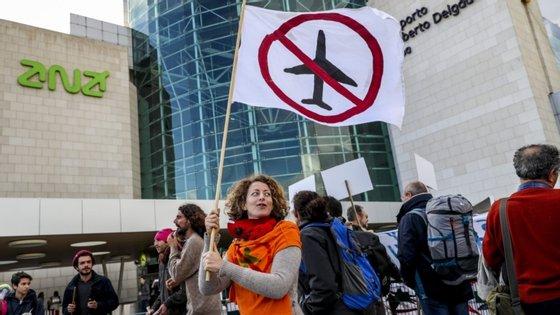 """De acordo com a associação ambientalista, a expansão do Aeroporto Humberto Delgado """"irá manter e agravar o incumprimento da legislação do ruído"""", sendo que a """"opção Portela+1 não é opção de longo prazo, conforme entendido pelo CSOP e pelo Plano de Recuperação Económica 2020-2030"""