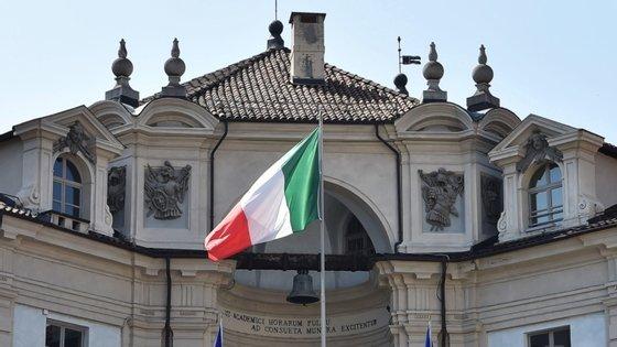 O aborto é legal em Itália durante os primeiros 90 dias de gravidez por razões de saúde, económicas, sociais ou pessoais