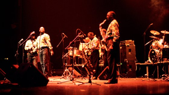 O grupo de músicos senageleses teve um auge de popularidade no continente africano na década de 1970, tendo ganho reconhecimento na Europa com reedições nos anos 90 e com o regresso após 2001