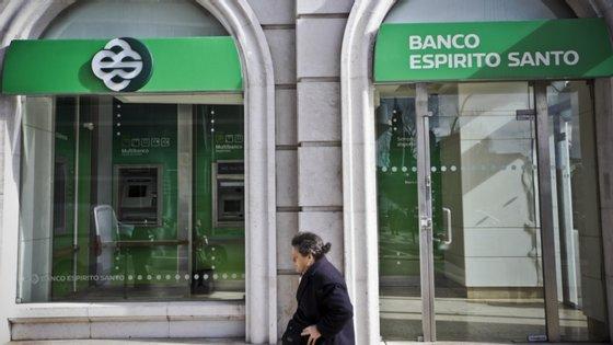 O BES acabou em agosto de 2014, deixando milhares de pessoas lesadas devido a investimentos feitos no banco ou em empresas do Grupo Espírito Santo