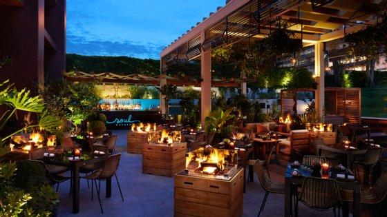 Em Lisboa, o Soul Garden acompanha pratos frescos e influências orientais com cocktails e música ao fim do dia