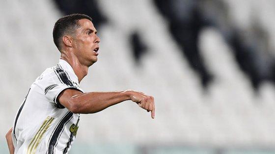 Ronaldo marcou todos os golos da Juventus na fase a eliminar da Champions nos últimos dois anos mas voltou a falhar ida às meias