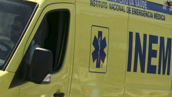 O condutor da viatura sofreu ferimentos ligeiros