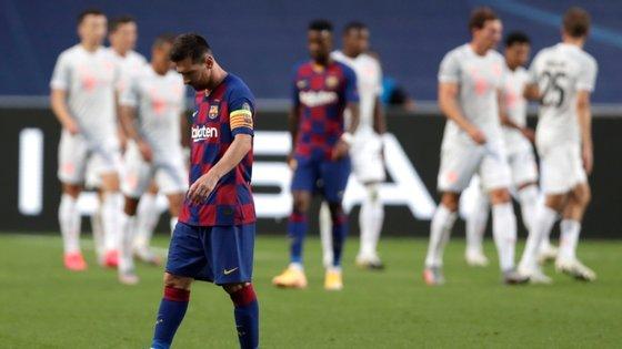 Messi foi pouco mais do que um espectador de uma nova era do futebol que coloca o Bayern acima de todos os outros