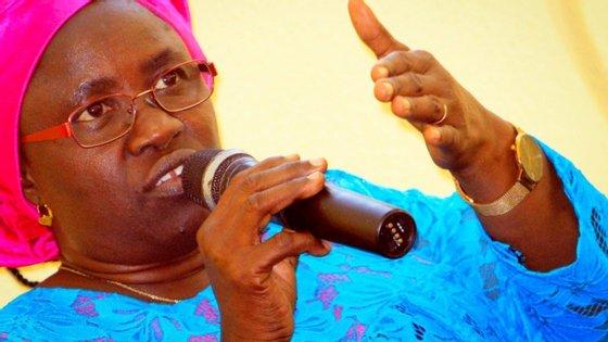 A antiga ministra lembrou que na Guiné-Bissau a lei proíbe o casamento de menores de 16 anos e as pessoas, para casarem, precisam de dar o seu consentimento.