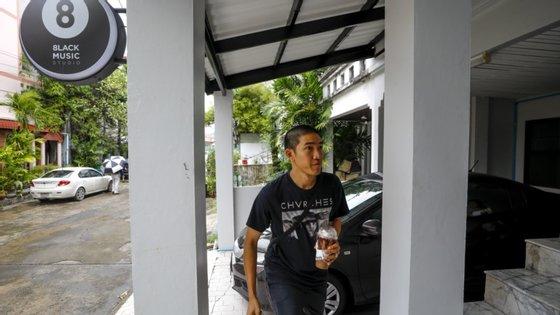 A organização não-governamental Human Rights Watch (HRW) já veio exigir que as autoridades tailandesas retirem todas as acusações e libertem os ativistas pró-democracia.