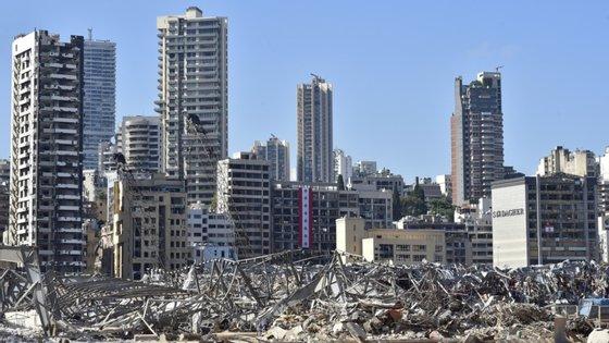 O Líbano tem sido confrontado com múltiplas crises, incluindo uma corrupção generalizada, divisões políticas e graves dificuldades económicas