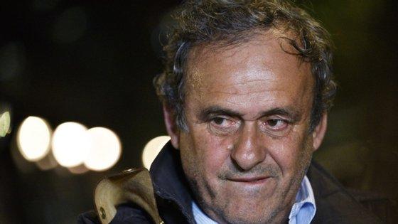 O antigo vencedor da Bola de Ouro por três vezes, Michel Platini, chegou pela manhã a Berna