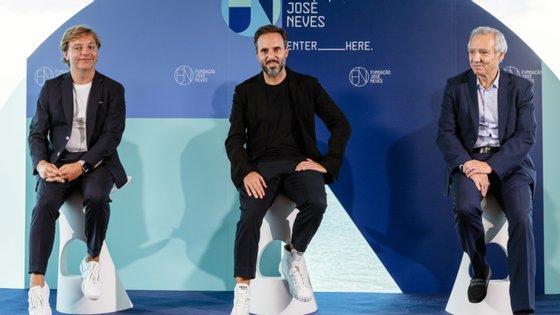 Carlos Oliveira, à esquerda, é o presidente executivo, José Neves é o fundador e António Murta, à direita, é administrador não executivo