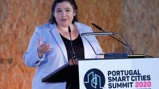 """A ministra da Modernização do Estado e da Administração Pública, Alexandra Leitão, participou na """"Portugal Smart Cities Summit 2020"""""""