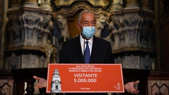 Marcelo falava aos jornalistas à saída de uma visita aos Clérigos, no Porto, onde foi o visitante número cinco milhões