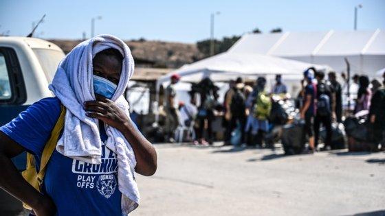 Encontram-se atualmente na Grécia 95.000 requerentes de asilo e 70.000 pessoas reconhecidas como refugiadas
