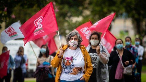 Na concentração participou também a deputada do Partido Comunista Português, Diana Ferreira