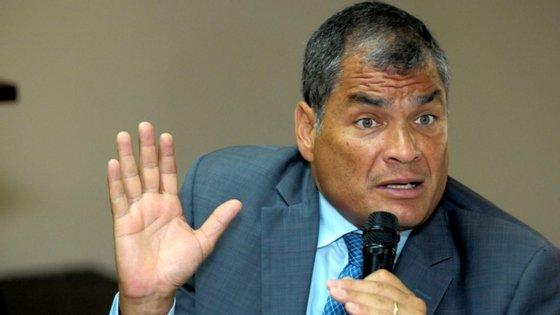 O ex-Presidente equatoriano (2007-2017), exilado na Bélgica desde 2017, tinha apresentado a sua candidatura ao CNE, que deverá validar as candidaturas apresentadas até 7 de Outubro