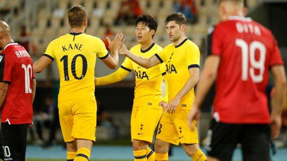 O avançado sul-coreano marcou e ainda assistiu Harry Kane para o último golo dos ingleses