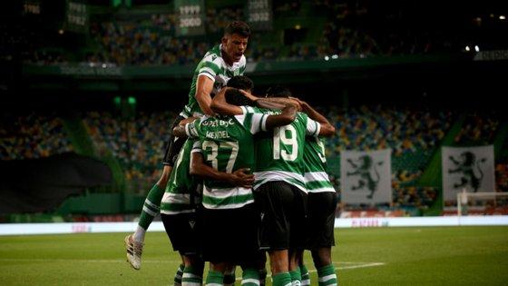 Os leões apuraram-se para o playoff da Liga Europa, com uma vitória pela margem mínima (1-0) conseguida com golo de Tiago Tomás
