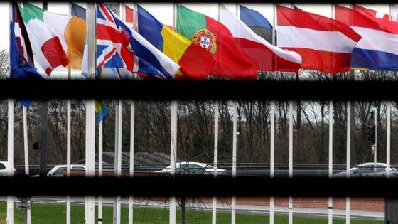 """Com base neste arquivo, o Goethe Institut lançou o projeto """"Tell me about Europe"""", prevendo organizar uma série de eventos ao longo dos próximos meses em vários países europeus"""
