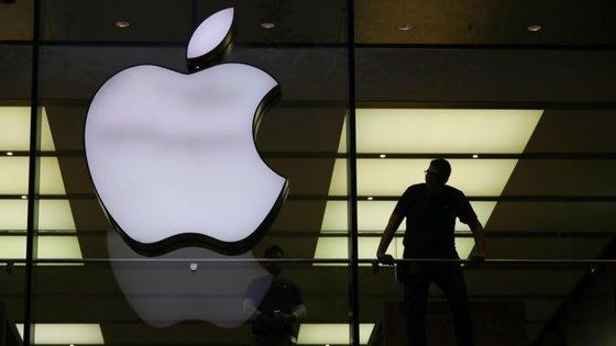 Em causa está a multa de 13 mil milhões de euros aplicada em 2016 pela Comissão Europeia, alegando que a Irlanda concedeu benefícios fiscais ilegais à Apple em impostos não cobrados
